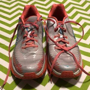 Women's Hoka Arahi tennis shoes size 11